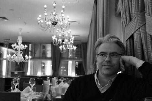 Anders Eiebakke: En tabbe å utelate kunstnerne
