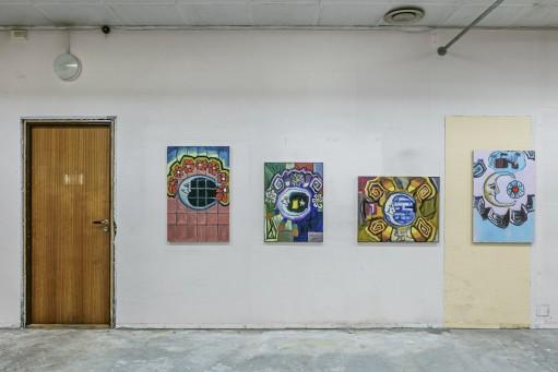 Mellom maleriet og politikken