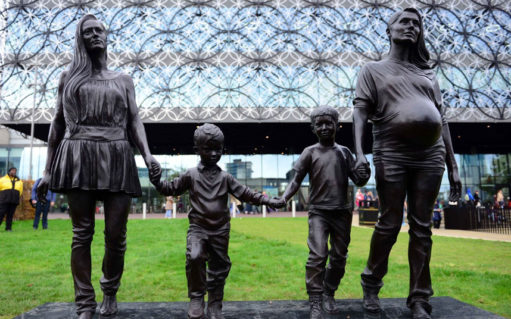Familieliv i bronze