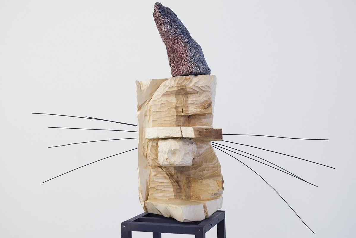 Henger med skulpturer